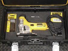 Pendelhub-Stichsäge DW333K DW333 DeWALT in DS150 Tough-Box + DT2205 + DT2074
