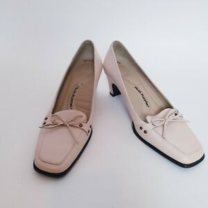 Hush Puppies Womens Size 7 Beige Low Heel Dress Formal Slip On Leather Shoes