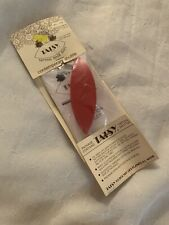 Red Tatsy Tatting Shuttle , Nip, Vintage Item, Instructions Included