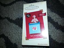 HALLMARK Keepsake 2002 JOB SWITCHING Candy Factory I LOVE LUCY Windup Movement
