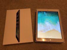Apple iPad Air 1st Gen. 64GB, Wi-Fi, 9.7in - Space Gray (CA)