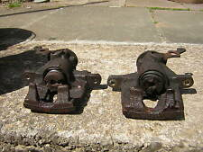 A pair of FORD Rear Brake Calipers for ST 220 Mondeo
