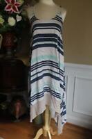 ELIZABETH AND JAMES SYMETRIC STRIPED SILK DRESS SIZE XS (DR100