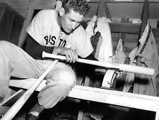 TED WILLIAMS WEIGHING HIS BAT- BOSTON photo 8x10 !!
