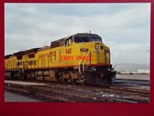 PHOTO  USA RAILWAY - UNION PACIFIC LOCO 9410 2 DASH 8-40C  AT LAS VAGAS 1991