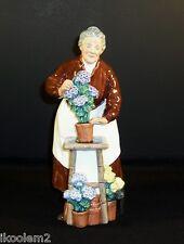 Hn2349 - Royal Doulton Figurine - Flora - 1966-1977