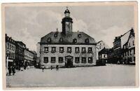 Ansichtskarte Meerane in Sachsen - Marktplatz mit Rathaus - schwarz/weiß