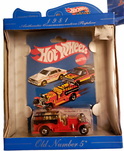 Hot Wheels Old Number 5 # 1695 Commemorative Replica 30 Years 1968-1998