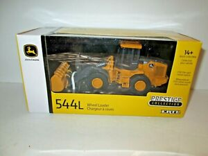Die Cast John Deere 544L Wheel Loader, 1/50 scale, new