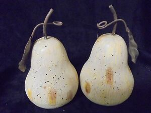 Adorable set of 2 Cream Colored  Pears with Metal Leafs Approx 8x4