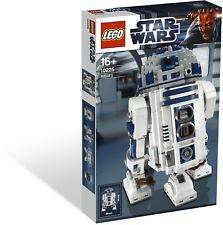 NEW Retired LEGO 10225 Star Wars Ultimate Collector Series UCS R2D2 Building Set