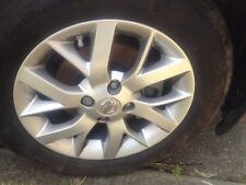 nissan note 2014 -15 alloys with tyres