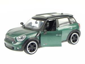 Mini Cooper S Countryman 2011 green diecast model car Motormax 1/24