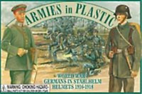 ARMIES IN PLASTIC WWI Toy Soldiers German Infantry Stahlhelm Helmets FREE SHIP