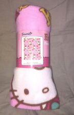 plaid flanelle neuf etiqueté sanrio hello kitty  dimensions sont de  120 x 150