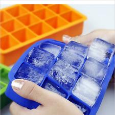 Qualité alimentaire 15 Cavité Ice Cube Tray Ice Square Cubes Couleur aléatoire