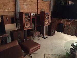 """Speaker StandsStudio Monitors Steel NEW IN BOX 28"""" Black Vintage Audio Stereo"""