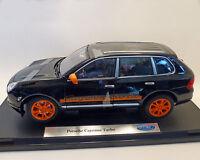 Porsche Cayenne Turbo schwarz / orange, WELLY 1:18