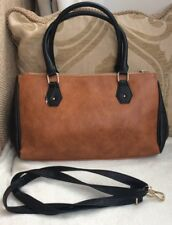 BRAND NEW WITHOUT TAGS EX LINEA FAUX LEATHER BROWN BLACK BAG/HANDBAG