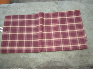 COLONIAL TOWEL CHECK COUNTRY CRANBERRY MAROON TAVERN PLAID WILLIAMSBURG STYLE