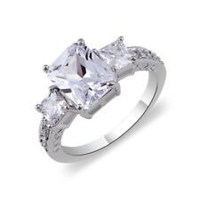 18K White Gold Plated 3 Stones Crystal Ring