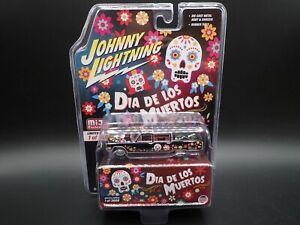 2021 JOHNNY LIGHTNING 1966 CADILLAC HEARSE DIA DE LOS MUERTOS HOBBY EXCLUSIVE