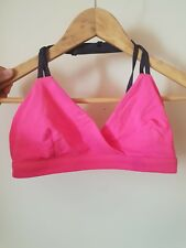 lululemon women's yoga bra in raspberry glo size 6 (Aus 10)