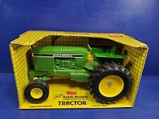 Scale models tractor 1/16 scale