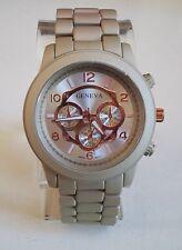 Men's dressy look  metal bracelet fashion watch