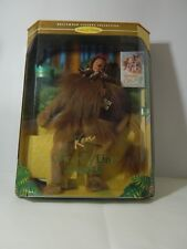 BARBIE® DA COLLEZIONE KEN AS THE COWARDLY LION DEL MAGO DI OZ 16573 MATTEL NUOVO