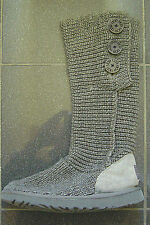 UGG AUSTRALIA CLASSIC CARDY GREY WOOL BOOTS UK SIZE 6.5 - WITH BUTTONS RRP £125