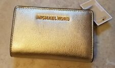New Michael Kors Jet Set Travel MD Bifold Zip Coin Wallet Pale Gold Leather B
