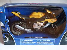 YAMAHA YZF-R1 2015 GIALLO, Newray Moto modello 1:12