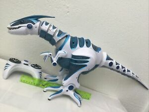 """2005 WowWee Roboraptor Blue 32"""" Robot Dinosaur with Remote / Rare Working"""