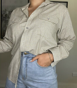 Vintage checked button up long sleeve size M