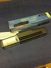 GA6- Office & Home 2 - 3 Hole Paper Punch Swingline Light Duty Punch