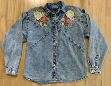 Vintage Pretty Bleu Women's Acid Wash Rose Embroidered Small Jean Jacket Top