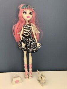 Monster High Doll - Rochelle Goyle - With Outfit, Bag, Socks, Shoes, Wings, Pet