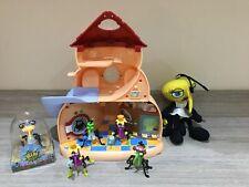 Bin Weevils House & Slide, 5x Figures & Soft Toy (2012)