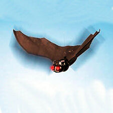 VINTAGE COOL Flying Bat with Flapping Wings & Light up EYES! by DY Toys