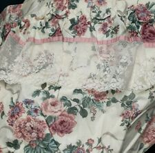 New CROSCILL ELIZABETH GRAY FLORAL LACE SHOWER CURTAIN Ruffle Lace VALANCE