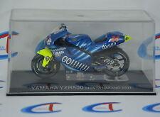 2167 MOTORBIKE MOTOGP - scala 1:24 - 2001 YAMAHA YZR500 Nakano #56