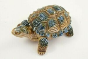 Vintage Wade Tortoise with removable shell - 9.5cm long    #W18-2