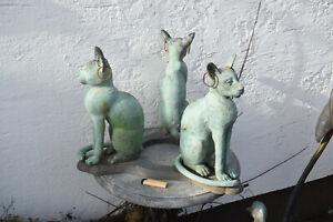 Bronze,Drei Katzen-Tisch-Sockel,Basketkatzen m.Ohrringen,Italien,Antikp.,58x42cm