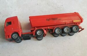 Ancien camion benne rouge SIKU 1630 1/87 half-traxx bimet miniature
