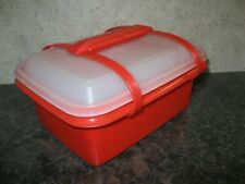 TUPPERWARE ~ VINTAGE PACK N CARRY LUNCH BOX W/ HANDLE ~ RED (prev owned)