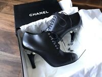 NIB CHANEL BLACK LEATHER LUCITE PEARL HEEL LACE UP ANKLE BOOTS 38.5(fit 37.5)