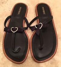 MYSTIQUE Black Leather Rhinestone Heart Bow Flip Flops Sandals 9M Never Worn!