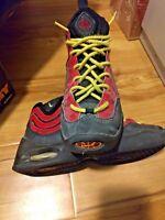 Nike Air Bakin' 1997 OG Original Size Youth 6 Kids Black Red Yellow Tim Hardaway