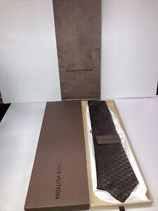 Louis Vuitton Paris Brown/Black Men's 100% Silk Tie M73703